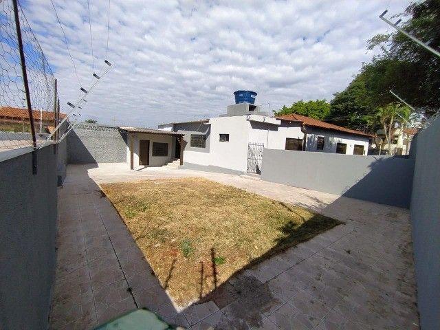 Linda Casa Amambai Próxima do Centro com 4 Quartos**Venda** - Foto 9