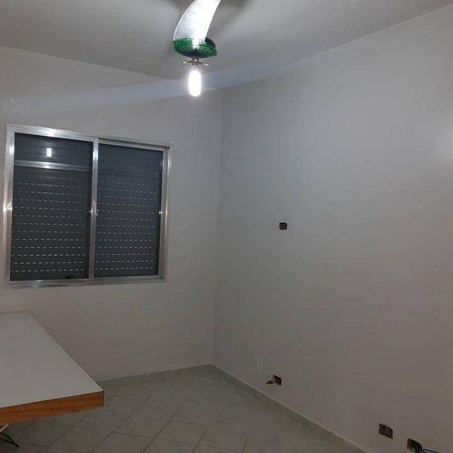 Amplo e arejado apartamento de 3 dorms (1 suíte) à venda no Gonzaga em Santos ? SP - Foto 19