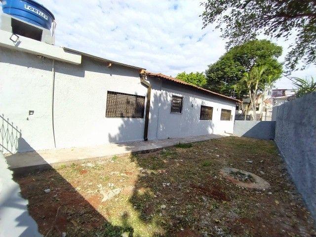 Linda Casa Amambai Próxima do Centro com 4 Quartos**Venda** - Foto 15
