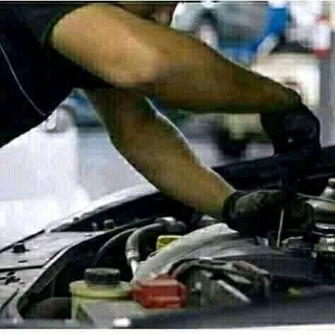 Procuro Mecânico De Autos Com Experiência