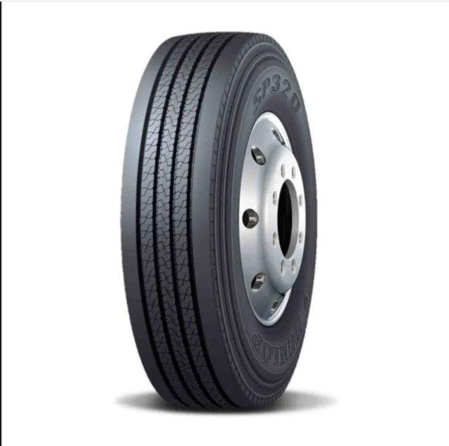 Pneu Dunlop 275/80/22,5 SP 320
