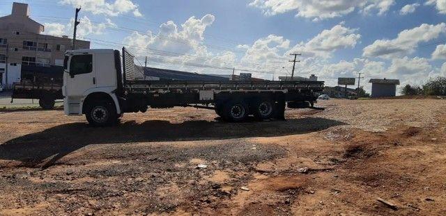 Caminhão 24280 Cabine leitto, Teto baixo Truck 6x2 Volkswagen - Foto 12