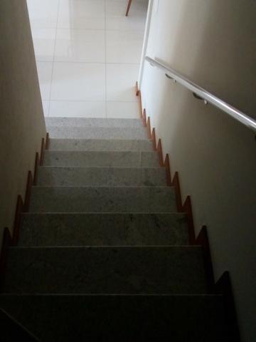 Em Manguinhos, Condominio Aldeia Manguinhos Casa Duplex 3 quartos com suite - Foto 6