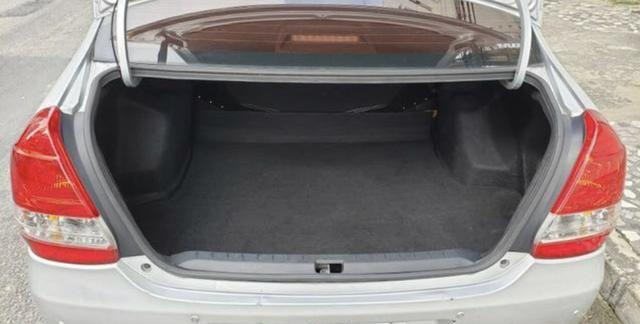 Etios sedan 1.5 2014 - Foto 15