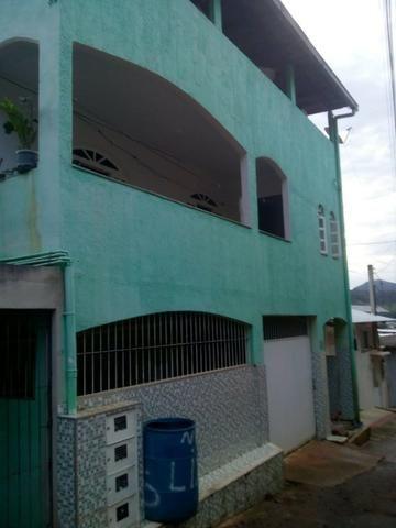 Vendo este prédio com 5 moradias. No Bairro Aeroporto, Cachoeiro do Itapemirim/ES