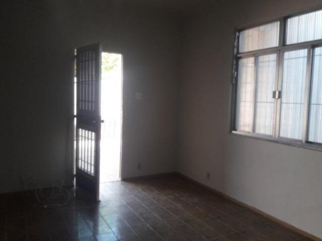 Casa 100% Independente na Vila da Penha, 02 Quartos, Quintal, Garagem etc. - Foto 11