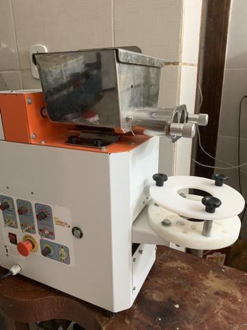 Máquina de fazer salgados - Foto 2