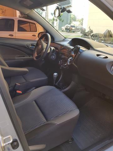 Toyota Etios HB XS 1.5 Automático - Foto 4