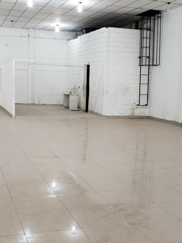 Alugo Galpão com área total de 1.200,00 m2, St. Vila Rosa na Av. Rio Verde - Foto 8