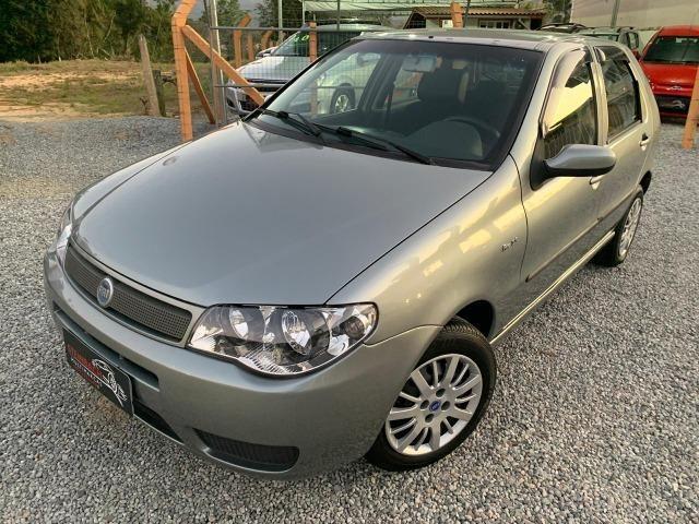 Fiat Palio ELX 1.3 Ar Condicionado e Direção Hidráulica 2004/2005