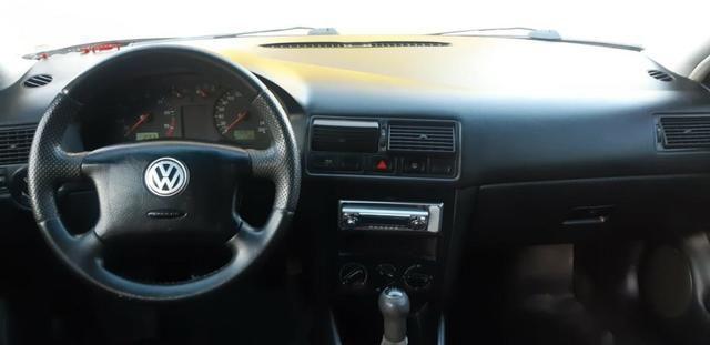 VW golf 1.6 Completo com rodas aro 17 ano 2001 - Foto 8