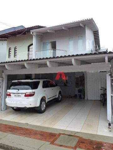 Belíssima casa em fino acabamento, com 03 dormitórios em condomínio fechado. - Foto 3