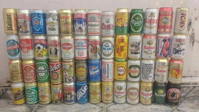 Latas vazias de cerveja