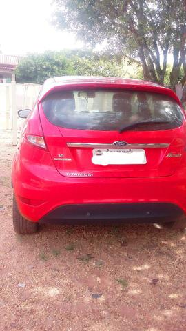 Vende - se Ford Fiesta Titaniun 1.6 - Foto 2