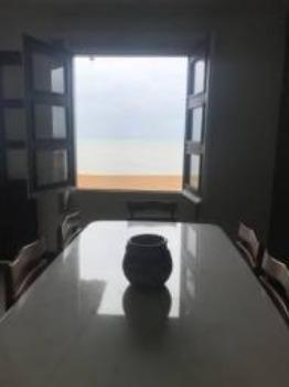 Imperdível!! Apto 5 quartos/ 175 M2 de frente para o mar em Marataízes