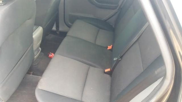 Ford Focus Sedan Titânio 2.0 Flex 2010 - Automático! - Foto 5