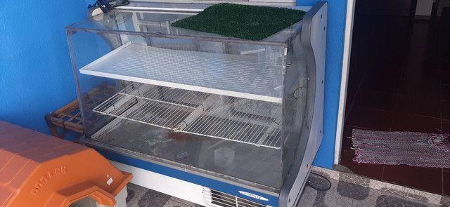 Refrigerador torrando