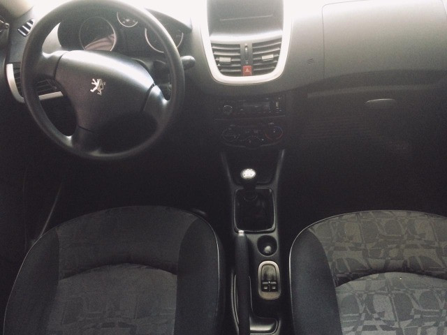 Peugeot 207 XR 1.4 2011 - Foto 6