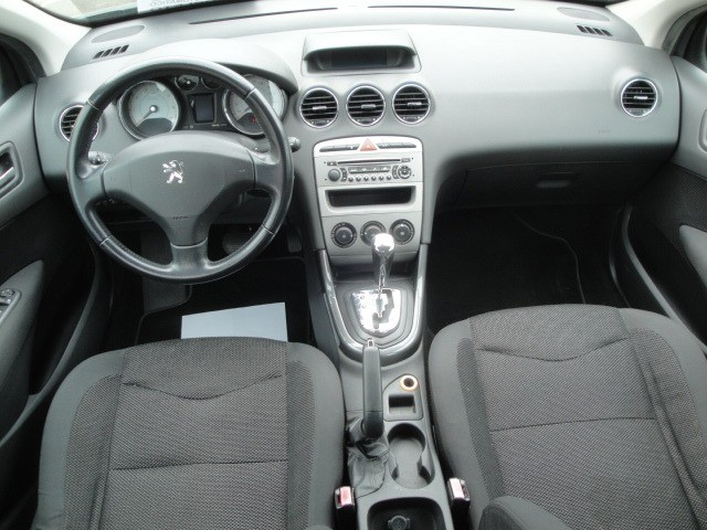 Peugeot 408 2012 2.0 Flex Automático Abs Air Bags Ar Cond Dir USB/MP3 Player - Foto 11