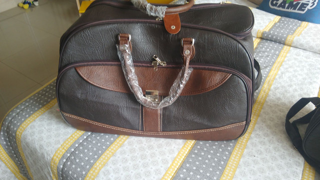 Mala de rodinha com bolsa . - Foto 3