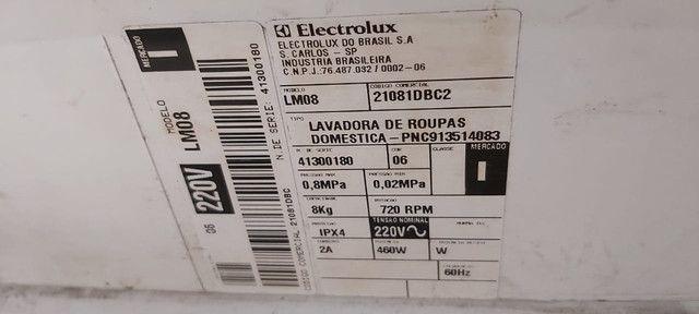 Máquina de Lavar Electrolux Turbo Limpeza 8kg - Usada, Leia a Descrição - Foto 3