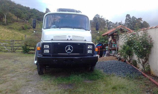 Mercedes Benz 1519 ano 1979