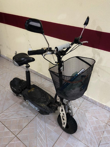 Vendo Patinete Elétrico Scooter Two Dogs 1000w - Foto 2