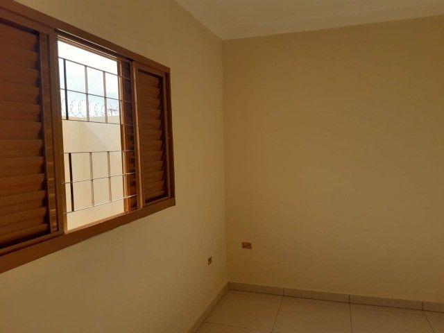 Linda Casa Nova Campo Grande com 3 Quartos No Asfalto**Venda** - Foto 8