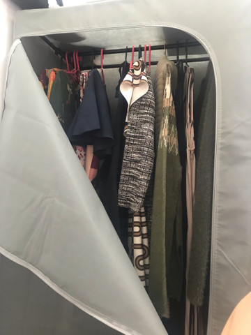 Arara de roupa com capa  - Foto 4