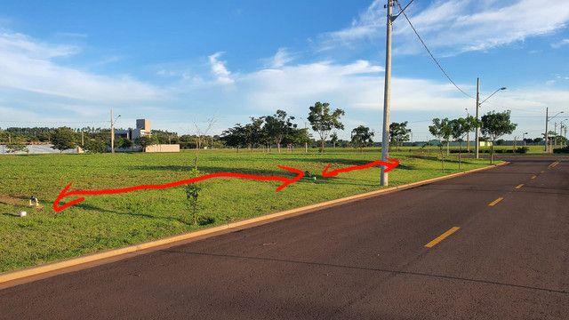 Vendo 2 terrenos juntos no condomínio terras Alphaville - Foto 5