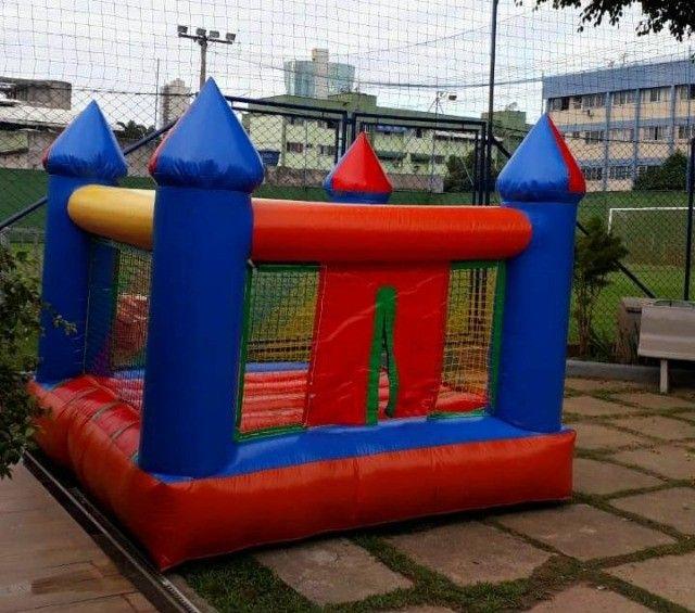 Aluguel de brinquedos infláveis - Aproveite e garanta diversão para sua festa - Foto 2