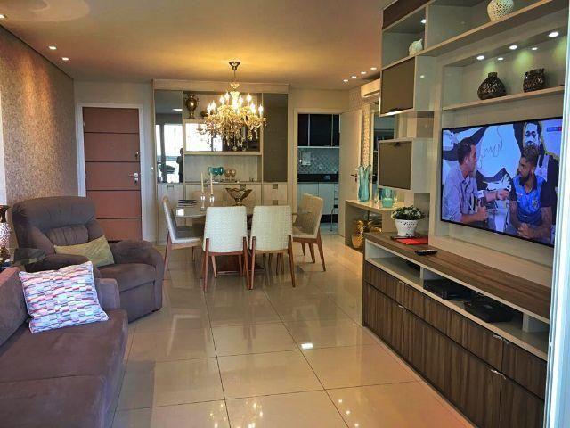 Apartamento 4 quartos, 2 suítes, 157m², 100% sol da manhã, 3 vagas, vista para o mar de Ca