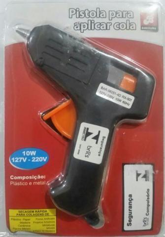 Pistola para aplicar Cola Quente com 1 refil, refil com 12 colas