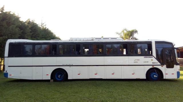 Ônibus Rodoviário(Volvo B10M) - Foto 5