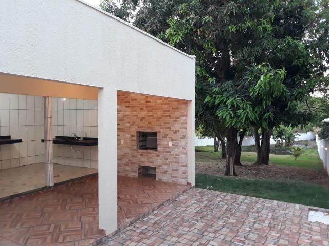 Excelente chácara dentro da cidade com asfalto na porta - Foto 17