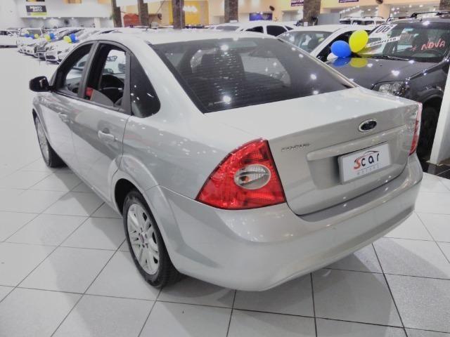 Focus Sedan GLX 2.0 - 2013 - Vários opcionais - Foto 5