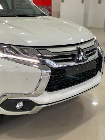 "Mitsubishi Pajero Sport 2.4 HPE Turbo 2019 / 2020. "" Melhor Avaliação no Semi- Novo."" - Foto 4"