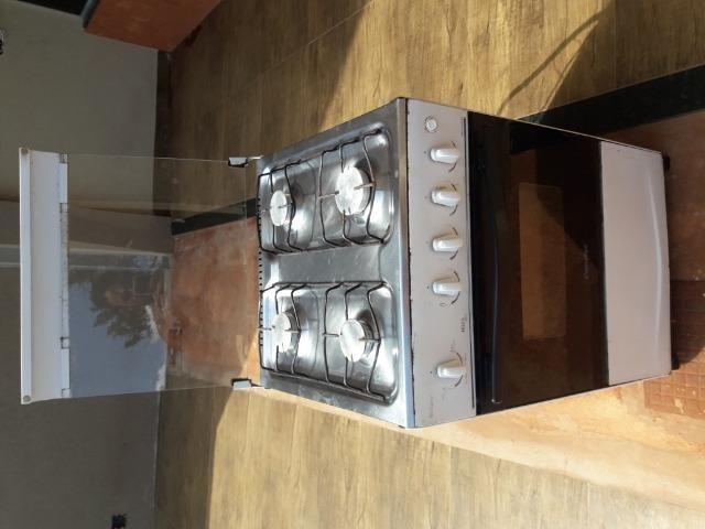Fogão a gás com acendimento automático 4 bocas, funcionamento ok - Foto 3