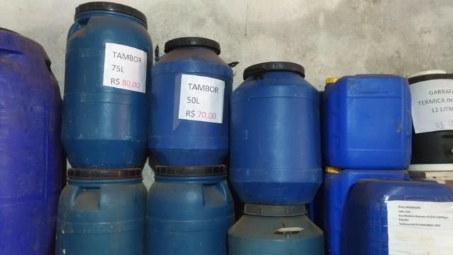 Tambor de 5, 6, 20,50 200 litros R$ 5,00  - Foto 2
