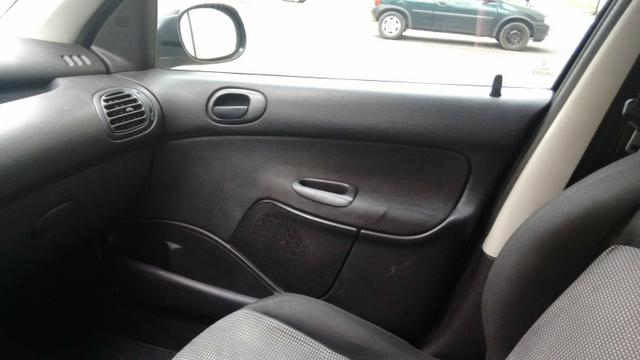 Peugeot 206 1.0 2004 - Foto 2