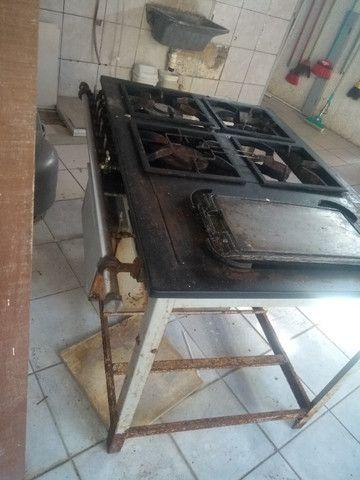 Fogão endustrial com forno