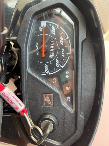Honda POP 110i 2020 Estado de zero (800km) Aceito trocas parcelo cartão financio  - Foto 10