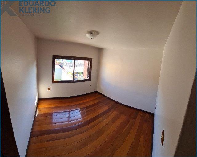 Casa com 4 dormitórios, 4 banheiros, 341,78m², pátio com piscina, Esteio-RS - Foto 8