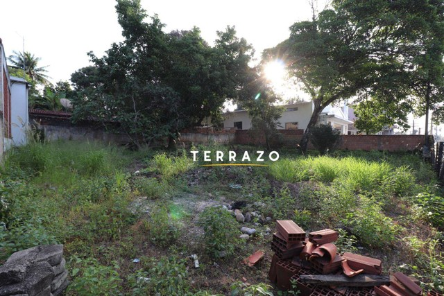 Terreno à venda, 718 m² por R$ 2.000.000,00 - Centro - Araruama/RJ - Foto 2