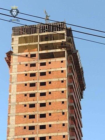 Excelente Apartamento de Alto Padrão 3 Dormitórios 3 Suítes menos de 100 metros da Praia - Foto 11