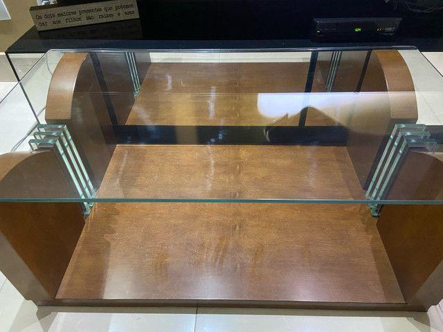 mesa de centro de madeira com vidro  - Foto 4