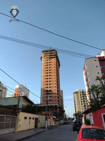 Excelente Apartamento de Alto Padrão 3 Dormitórios 3 Suítes menos de 100 metros da Praia - Foto 12