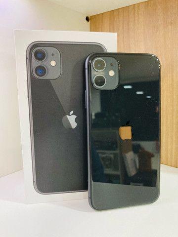 iPhone 11 64GB Black R$ 3.800,00