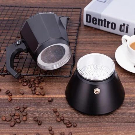 Cafeteira Italiana Moka 300ml (Serve 6 xícaras) [Entrega GRÁTIS*] - Foto 3