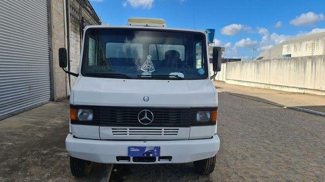 Caminhão Mercedes 710 2012 - Foto 2